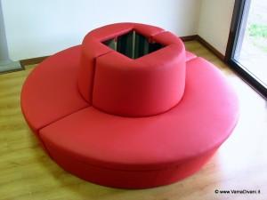 divano a cherchio tondo