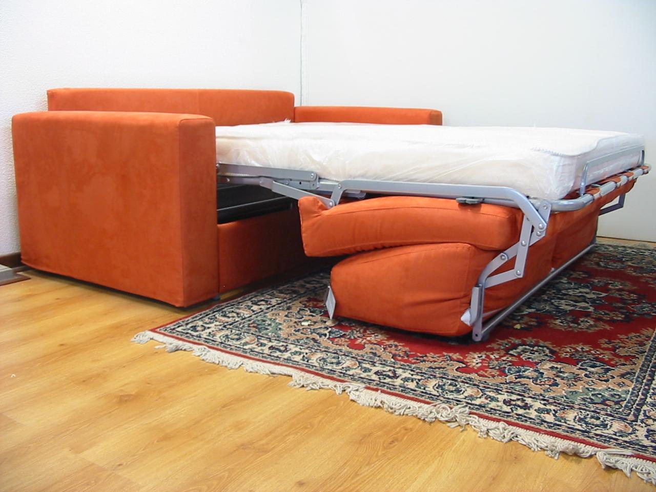 Il comodo divano letto con rete elettrosaldata