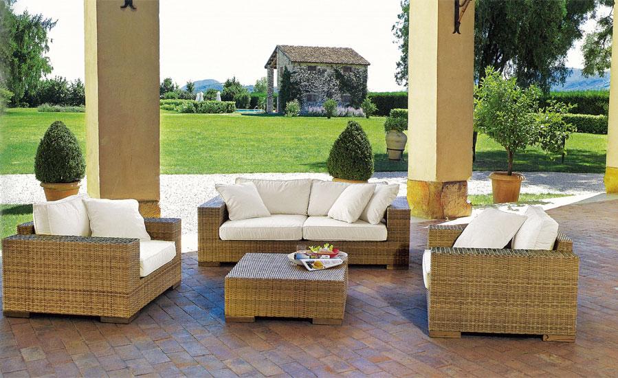 Arredamento terrazzo idea for Arredo giardino terrazzo