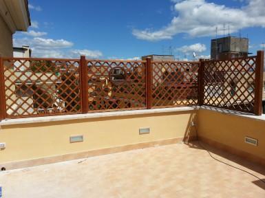 Arredamento per la casa idee e consigli per arredare for Grigliati terrazzo