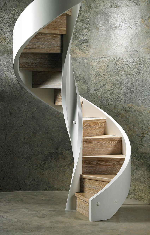 Scale a chiocciola Rizzi: in cemento o legno?