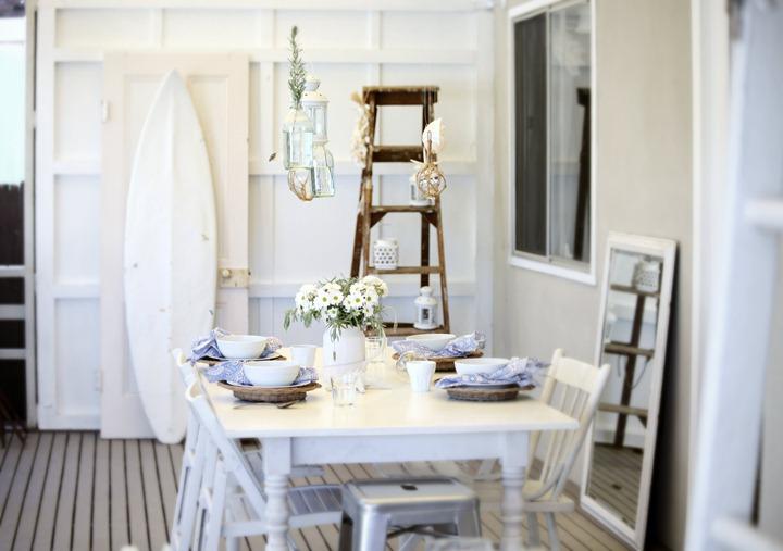 arredare la casa al mare - tavola in stile coastal