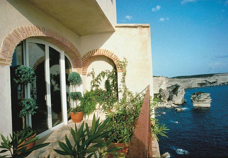 Le finestre in pvc nel paesaggio marino - Isolare le finestre ...