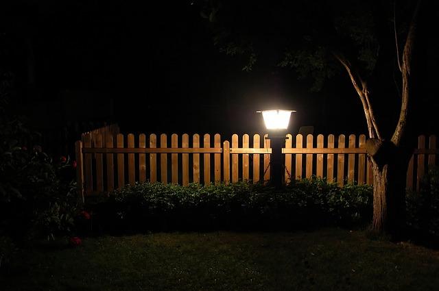 garden-339233_640