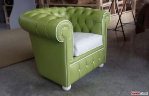 Poltrona Chesterfield verde-bianco